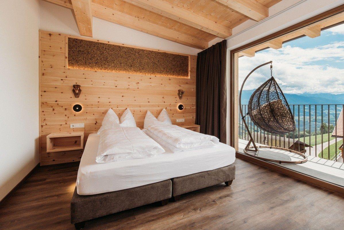 Naturholz-Suiten