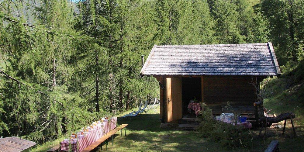 Unsere Almhütte - Wanderziel in alpiner Höhenlage