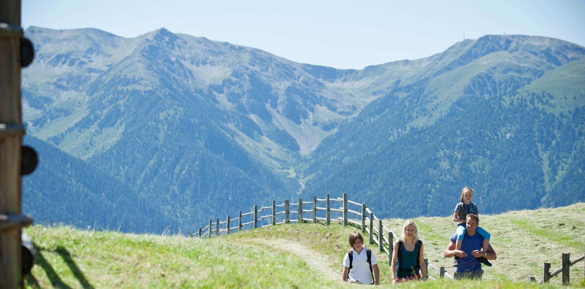 sommerurlaub-in-den-bergen-suedtirol