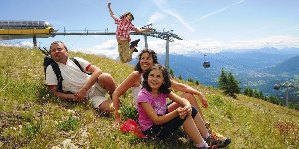 Sommerurlaub in den Bergen mit der Almencard