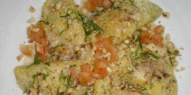 Cappelletti di patate con ripieno al formaggio fresco di capra